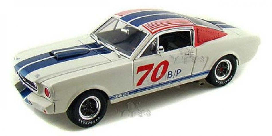 Shelby GT 350B 1966 Shelby Collectibles 1/18