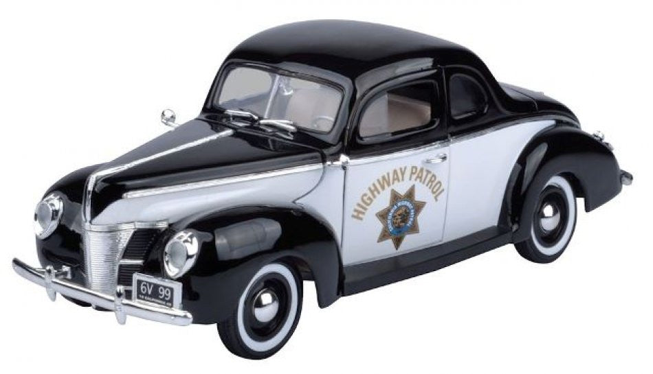 Ford Deluxe Police 1940 Motor Max 1/18