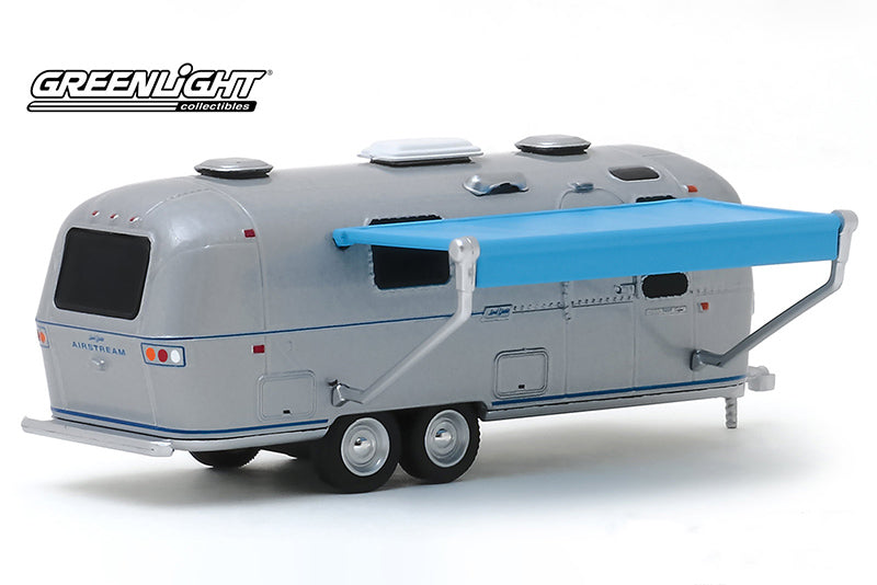 Roulotte Airstream Land Yacht Safari 1971 Hitched Homes Greenlight 1/64
