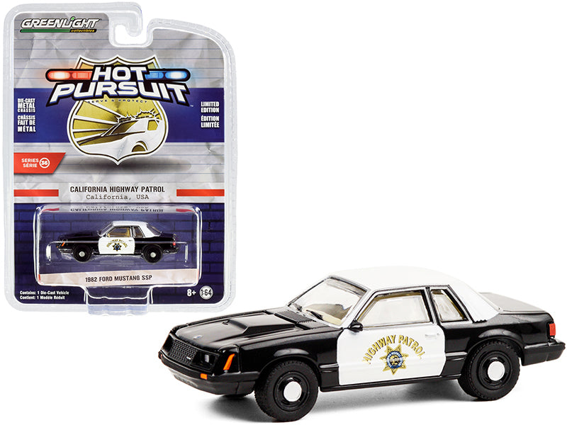Ford Mustang SSP 1982 Police Greenlight Hot Pursuit 1/64