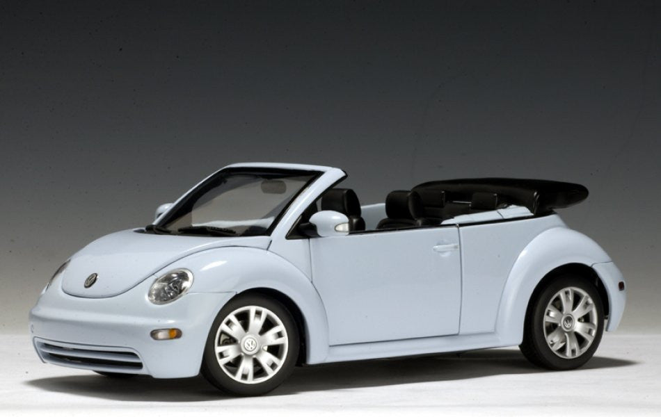 Volkswagen New Beetle Cabrio AUTOart Performance 1/18