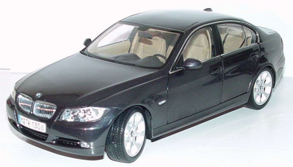 BMW 3 Series E90 Kyosho *Dealer Edition* 1/18