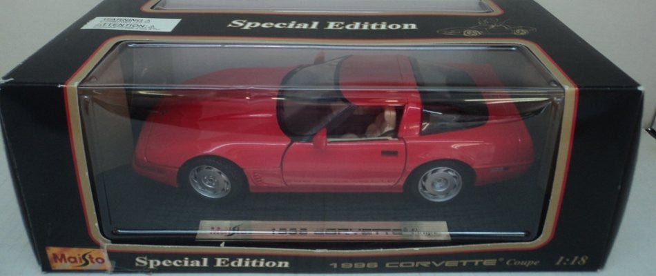 Chevrolet Corvette Coupe 1996 Maisto 1/18