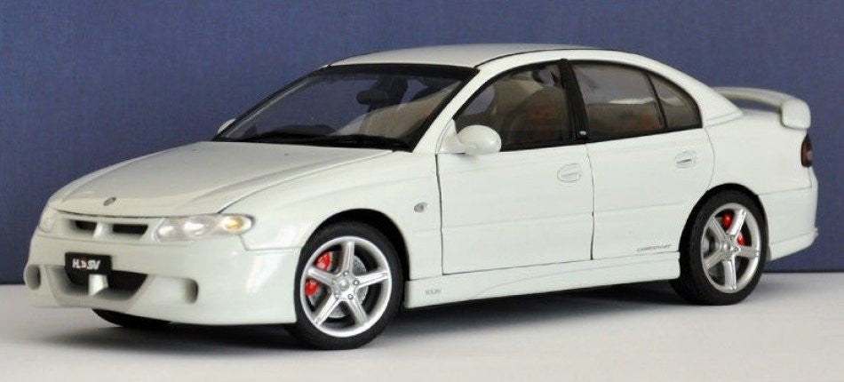 Holden HSV Commodore VT2 Clubsport R8 AUTOart Performance 1/18