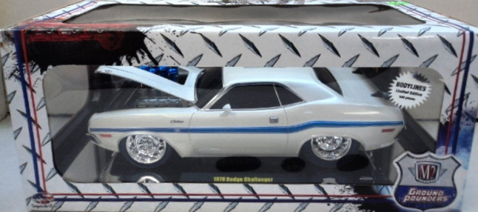 Dodge Challenger R/T 1970 M2 Ground Pounders 1/18