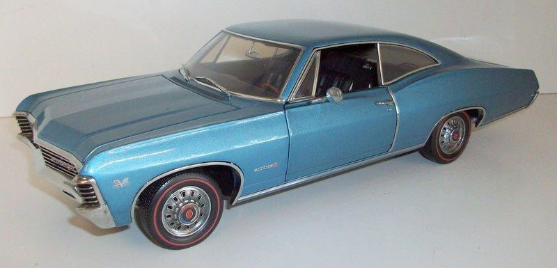 Chevrolet Impala SS 1967 ERTL American Muscle Authentics 1/18