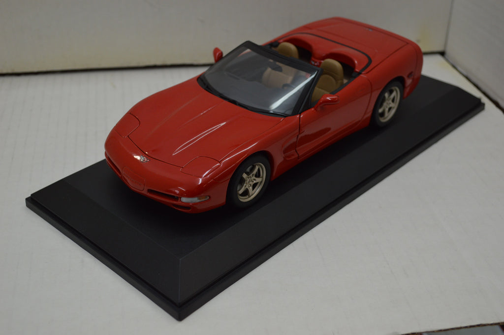 Chevrolet Corvette Convertible 1998 UT Models  1/18