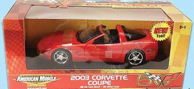 Chevrolet Corvette Coupe 2003 ERTL American Muscle 1/18
