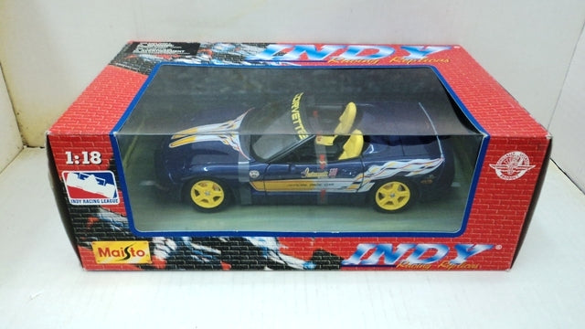 Chevrolet Corvette Convertible 1998 Pace Car Maisto 1/18
