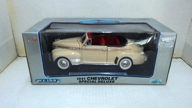 Chevrolet Deluxe Convertible 1941 Welly 1/18