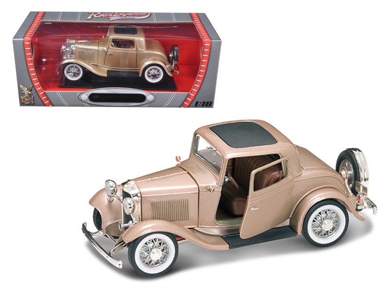 Ford 3-Window Coupe 1932 Lucky Die Cast Road Signature 1/18