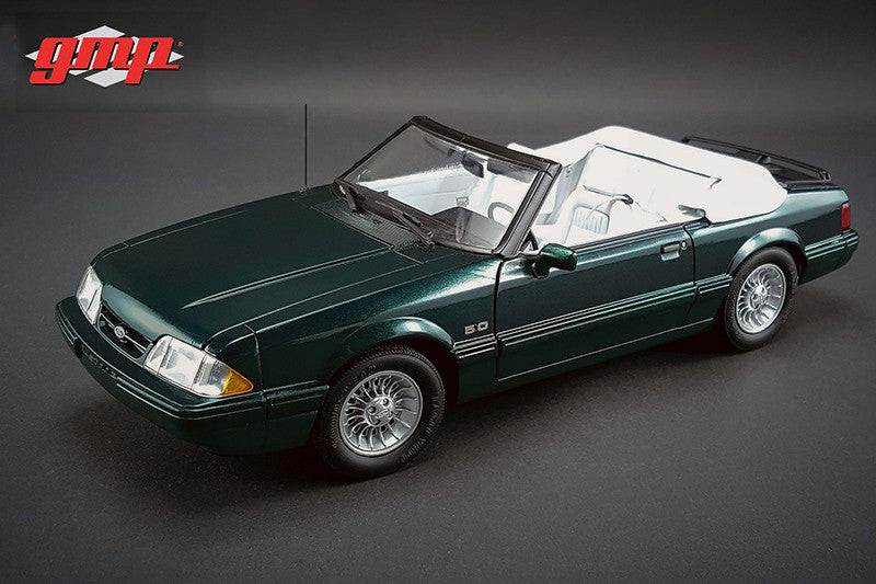 Ford Mustang 5.0L LX Convertible 1990 7up GMP 1/18
