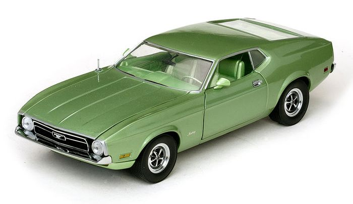 Ford Mustang Sportsroof 1971 Sun Star 1/18