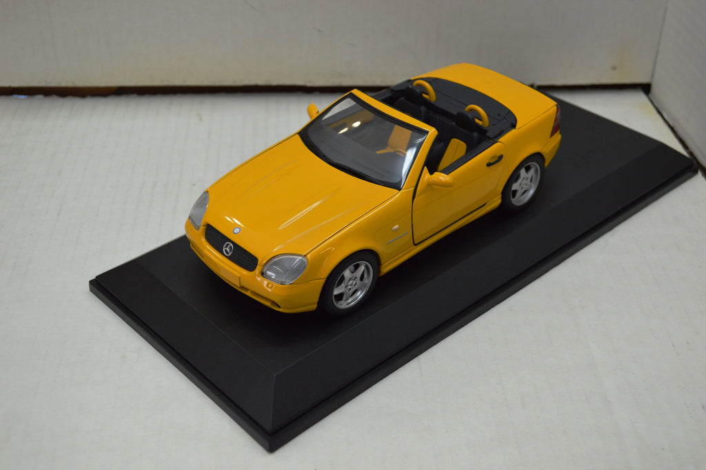 Mercedes SLK UT Models 1/18