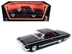 Mercury Marauder 1964 Lucky Die Cast Road Signature 1/18