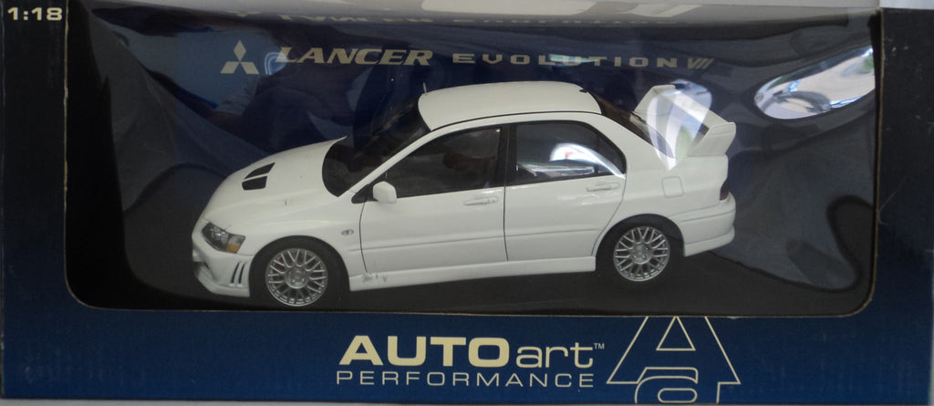 Mitsubishi Lancer Evolution VII AUTOart Performance 1/18