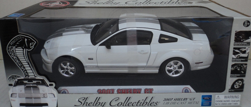 Shelby GT 2007 Shelby Collectibles 1/18