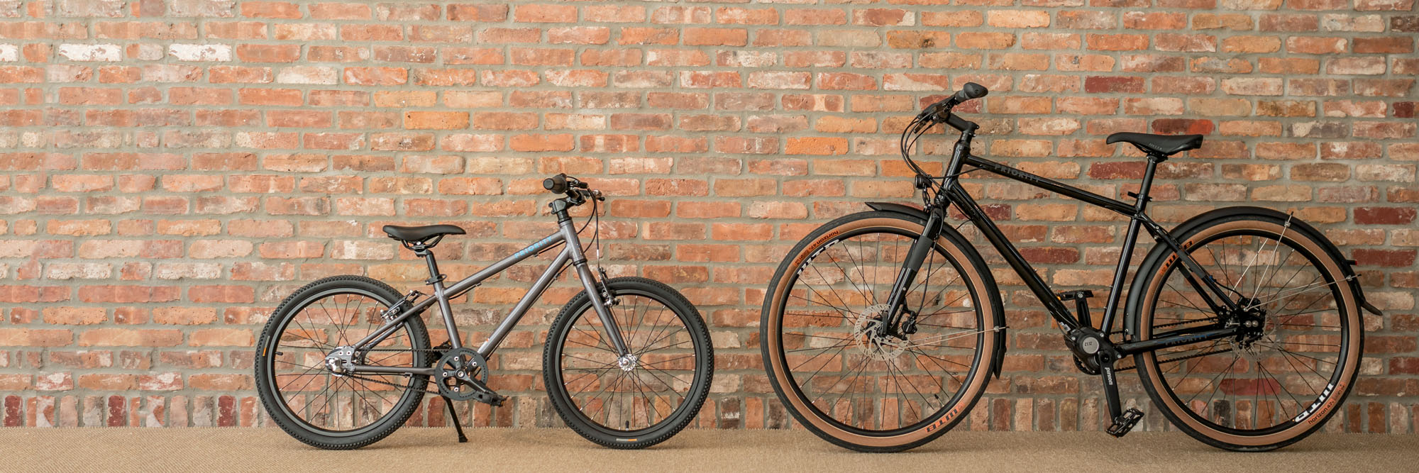 "<a href=""https://www.prioritybicycles.com/blogs/priority-profiles/our-escape-from-new-york-to-the-sound-view-greenport"" target=""_blank""> <img src=""https://cdn.shopify.com/s/files/1/1245/1481/files/sound-view-Homepage-text.png?4894925455121238060"" alt=""Priority Specials""></a>"