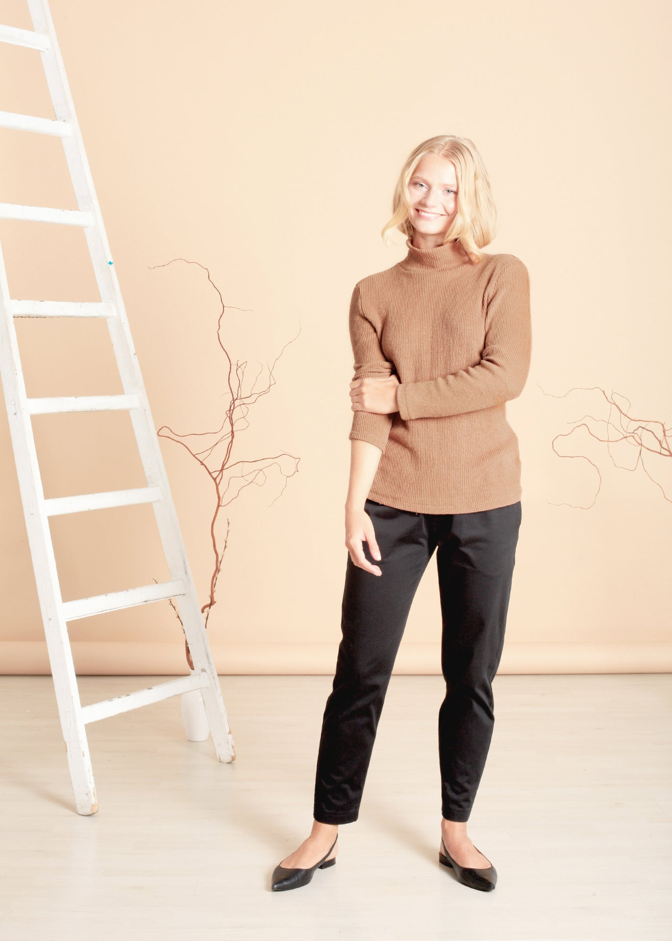 Park - Turtleneck Sweater in Brown