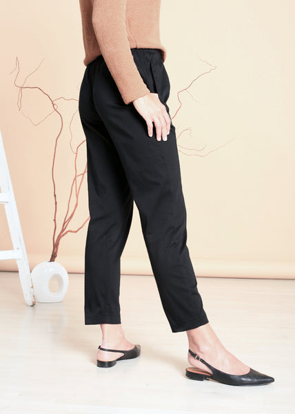 Cecil - Slim-leg Pants in Black
