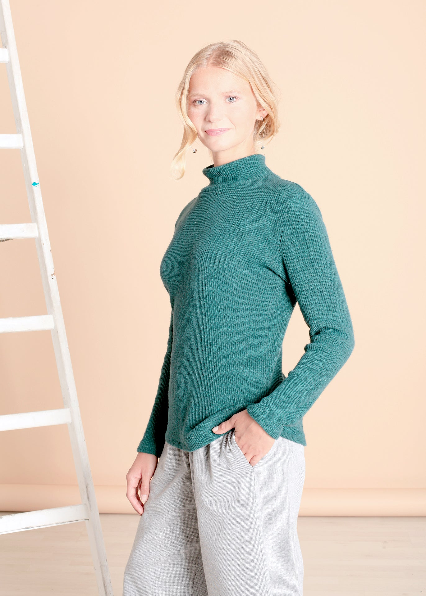 Park - Turtleneck Sweater in Forest Green