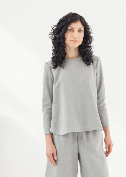 "Triadic – organic cotton ""A"" line top - grey"