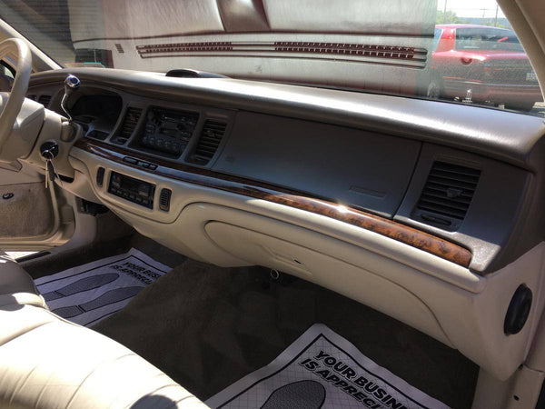 1997 Lincoln Town Car Executive Series
