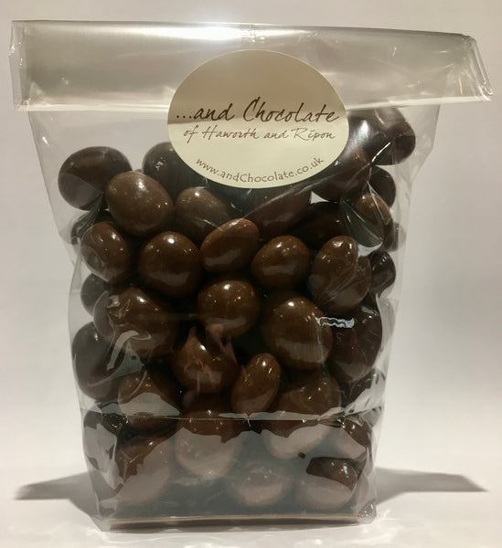 Peanuts covered in Milk Chocolate