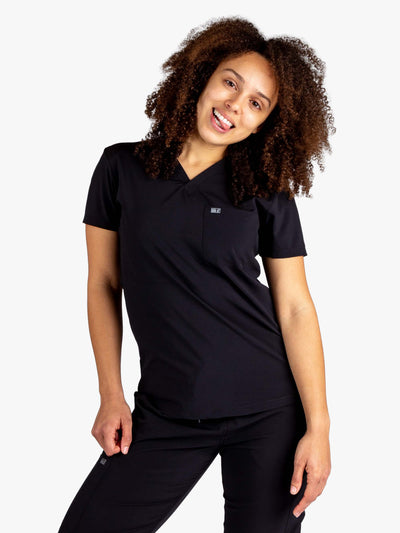 Women's Stretch Scrub Top in Black with One Pocket