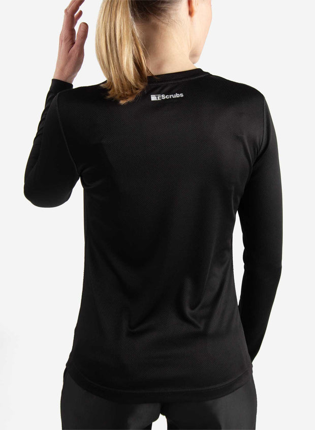 Women's long sleeve underscrub in black