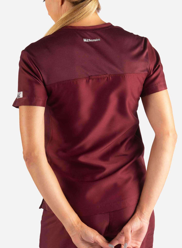Women's 2 Pocket Scrub Top in Bold burgundy