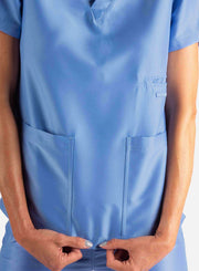 Women's 2 Pocket Scrub Top in Ceil Blue Pockets