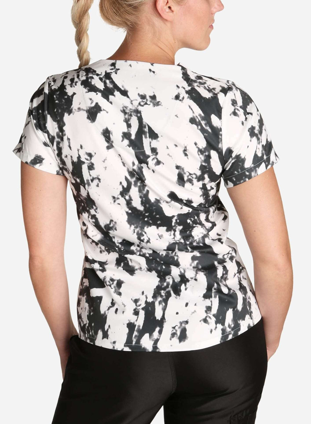 womens stretch scrub top in athletic abstract print black and white color back