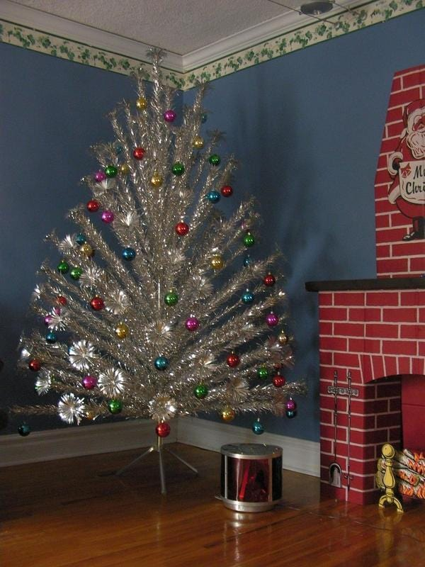 The best antique Christmas decorations and collectibles