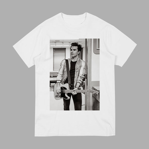 KELLY PHOTO WHITE SCOOP T-SHIRT