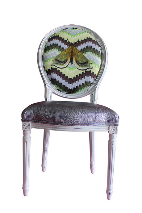 BELL MOTH CHAIR