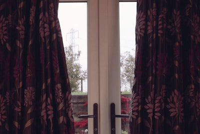 Automatically open and close curtains or blinds
