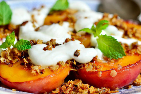 Grilled Peaches with Vanilla Bean Mascapone, Honey and Granola