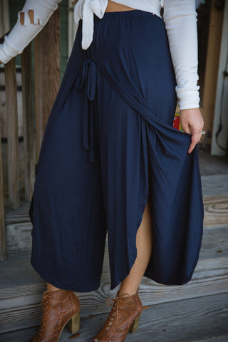 Gaucho Slit Pants