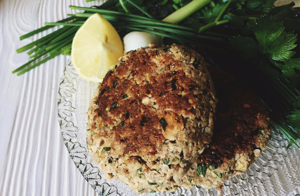 Pecan & Quinoa Salmon Cakes with Homemade Tartar Sauce