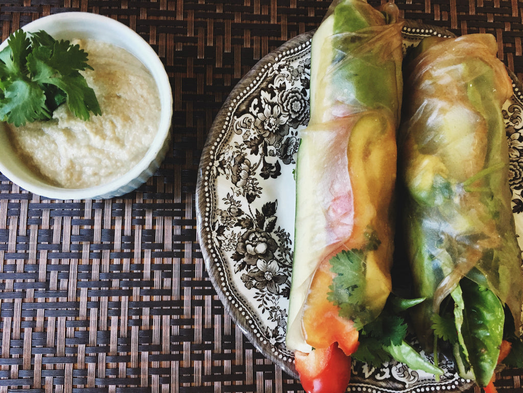 Fresh Thai Salad Rolls with Peanut Sauce