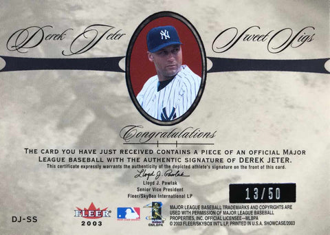 2003 Fleer Showcase Sweet Sigs Autograph Baseball Derek Jeter #13/50