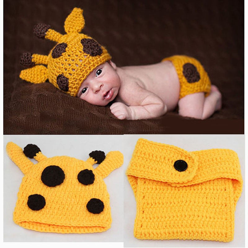 Giraffe Yellow Brown Handmade Baby Diaper Set (0 to 6 months)