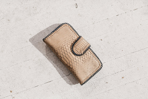 Ipanema Leather Chain Wallet in Antique by Uma & Leopold Bali