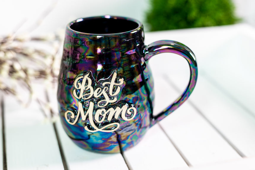 Best Mom mug in Black Pearl glaze