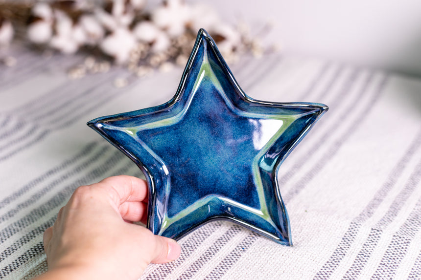 Blue and Green Star dish