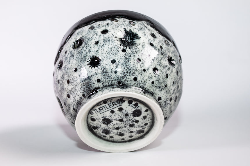 Seconds sale - Moon bowl in Black - Porcelain
