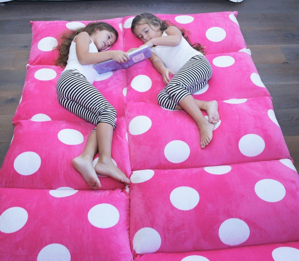 Pillow Bed - Hot Pink with Polka Dots