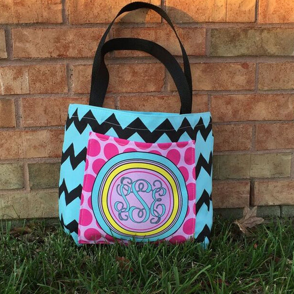Pocket Tote - Style #411027 Chevron Dot Print