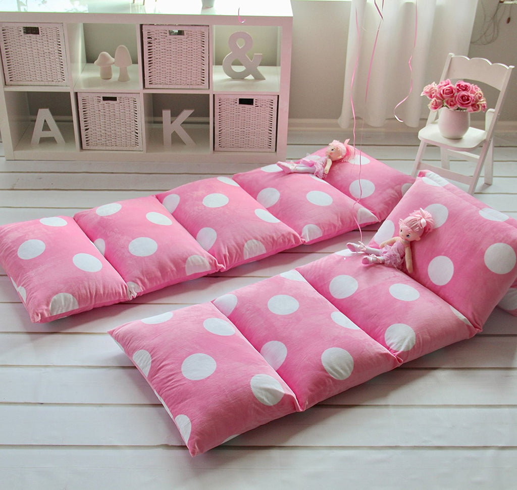 pillow bed. pillow bed - light pink with polka dots l